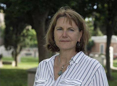 avatar for Barbara Carle