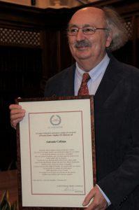 Colinas riceve il Premio Dante Alighieri